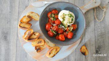 Burrata met geroosterde tomaatjes