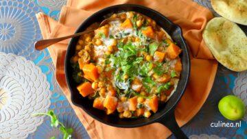 Curry met kikkererwten en zoete aardappelen