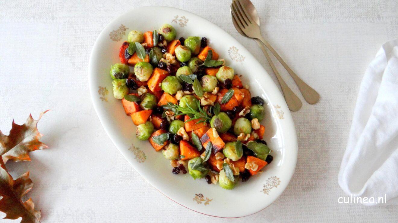 Geroosterde spruitjes en zoete aardappel