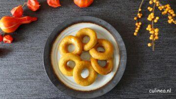 Pompoen donuts met gekruide honing