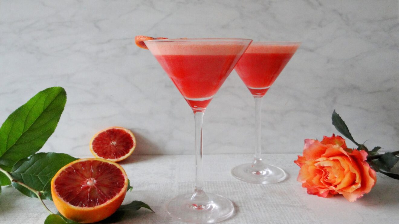 Bloedsinaasappel gin cocktail