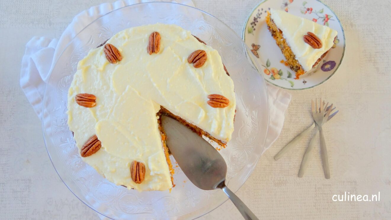 Carrot cake met roomkaas topping