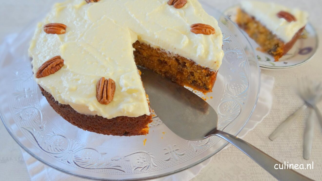 Carrot cake met roomkaas topping