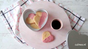 Hartvormige koekjes met ruby chocolade