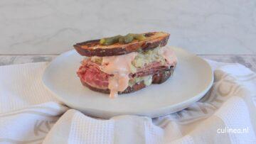 Reuben sandwich speciaal