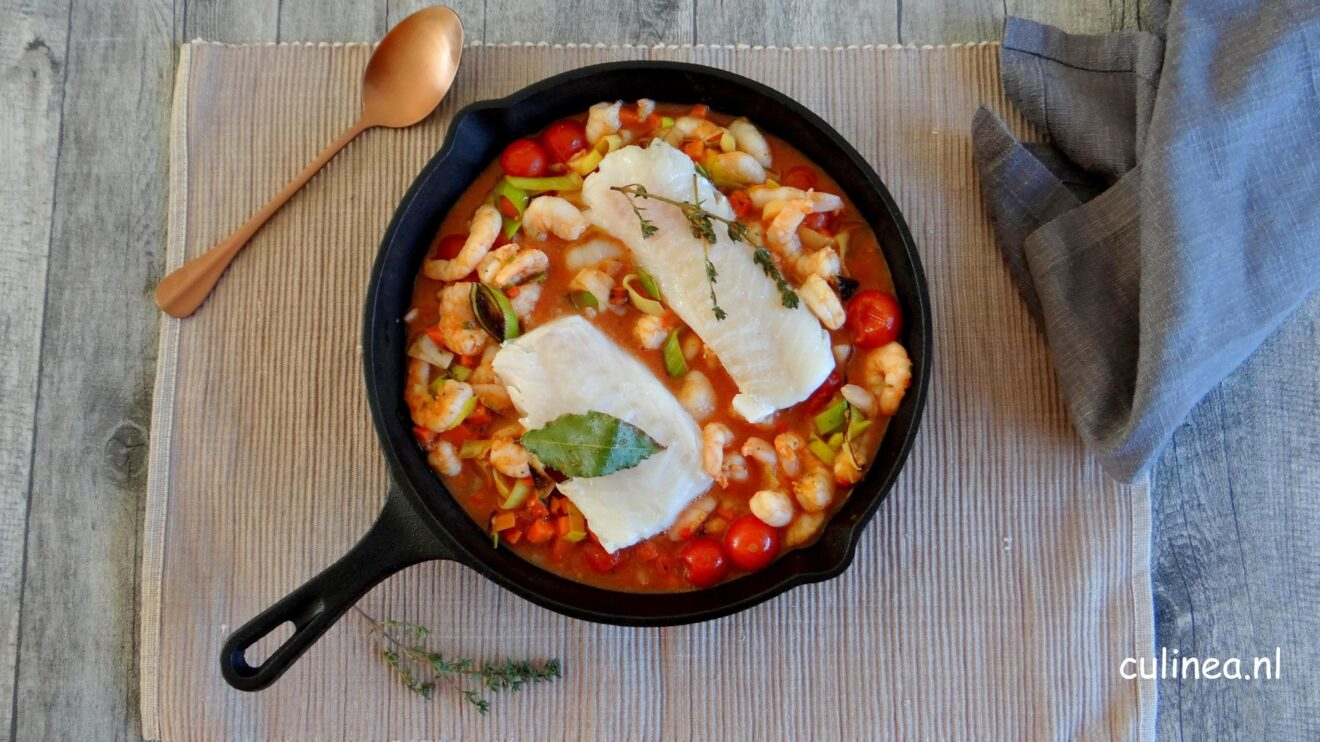 Vispotje met kabeljauw in tomatensaus