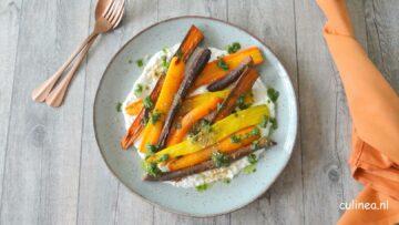 Geroosterde wortelen met opgeklopte burrata