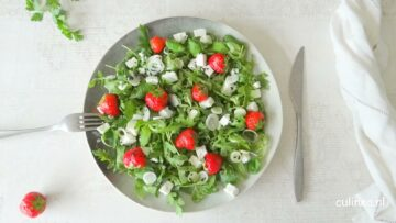 Salade met aardbeien en feta
