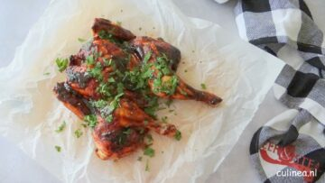 Gevlinderde kip met zelfgemaakte barbecuesaus