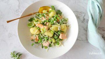 Gnocchi met zalm, prei en peulvruchten