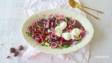 Bietjes salade met kersen en burrata