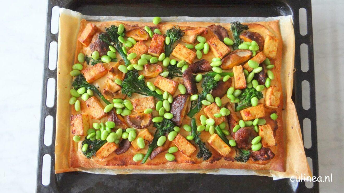 Aziatische pizza met tofu