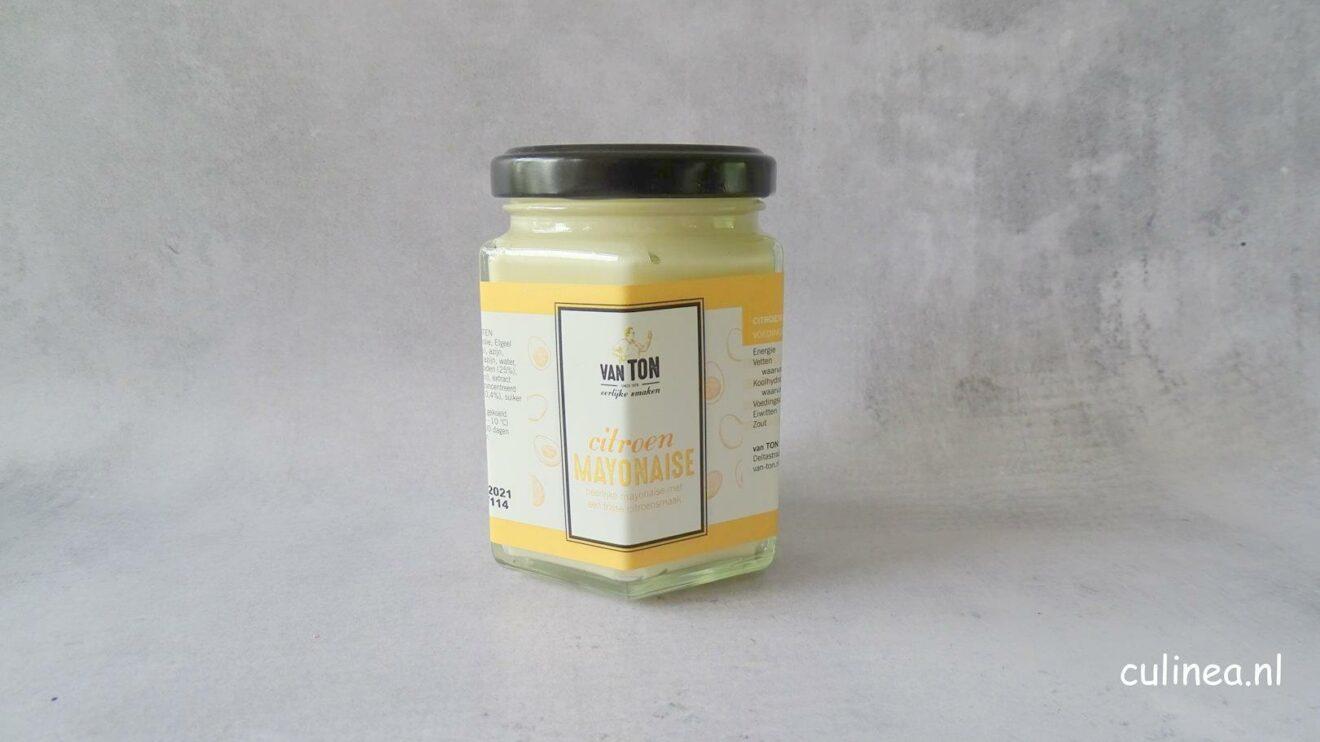 Courgetteburgers met citroenmayonaise