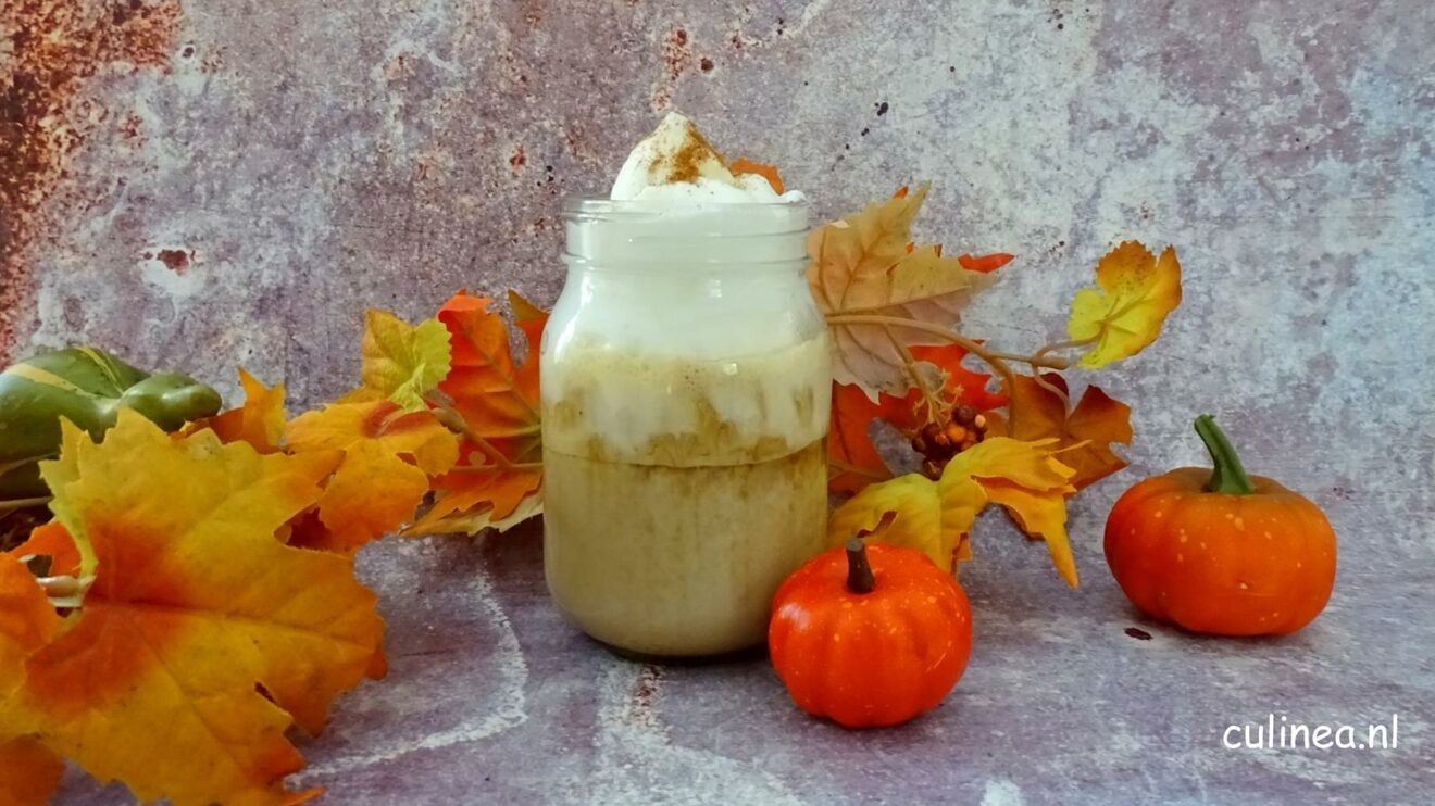 Dalgona pumpkin spice latte